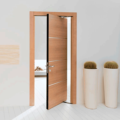Puertas pivotantes de madera