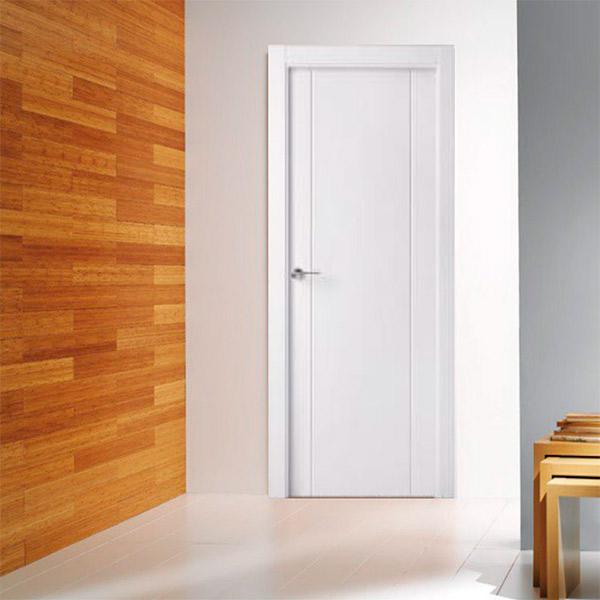 Puerta blanca modelo 8200 - Cala