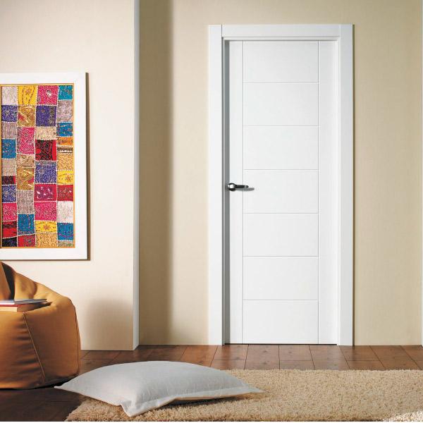 Puerta blanca modelo 8700 - Lacada
