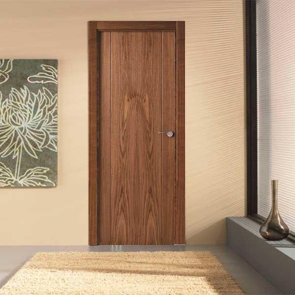 Puerta referencia 8200 - Nogal